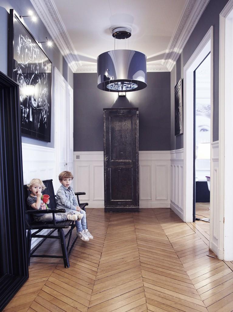 Déco contemporaine, très chic, d\'un appartement classique ...